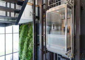 Mitsubishi Electric in Veenendaal gaat binnen 5 jaar groeien naar een productie van 500 liften per jaar.